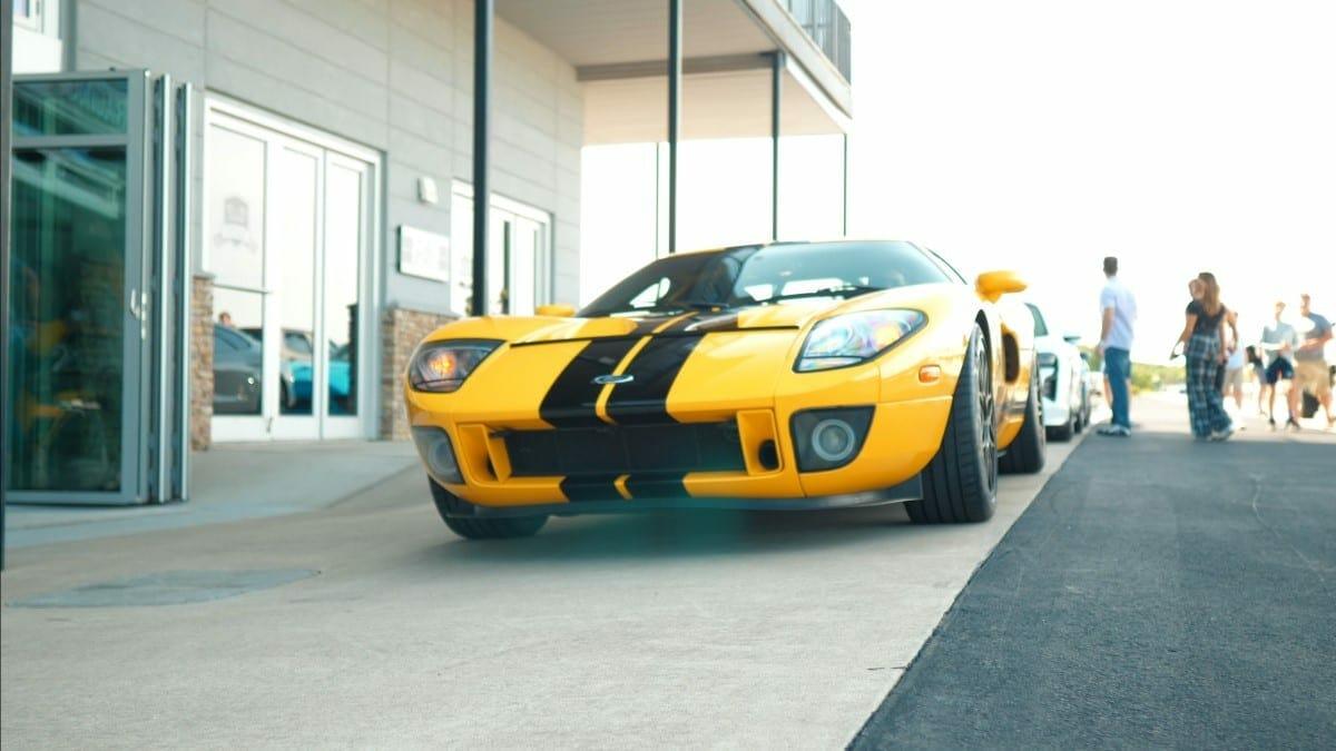 garage condo thumb - Track Side Condos
